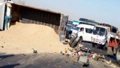 """مصرع سائقين في حادث تصادم بـ""""صحراوي الأقصر """" قلاب رمال ونصف نقل """""""