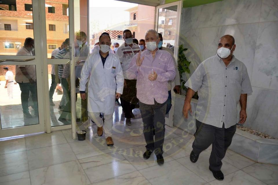 جولة تفقدية لمحافظ الأقصر بمدينة الطود لمتابعة المشروعات الجارى تنفيذها